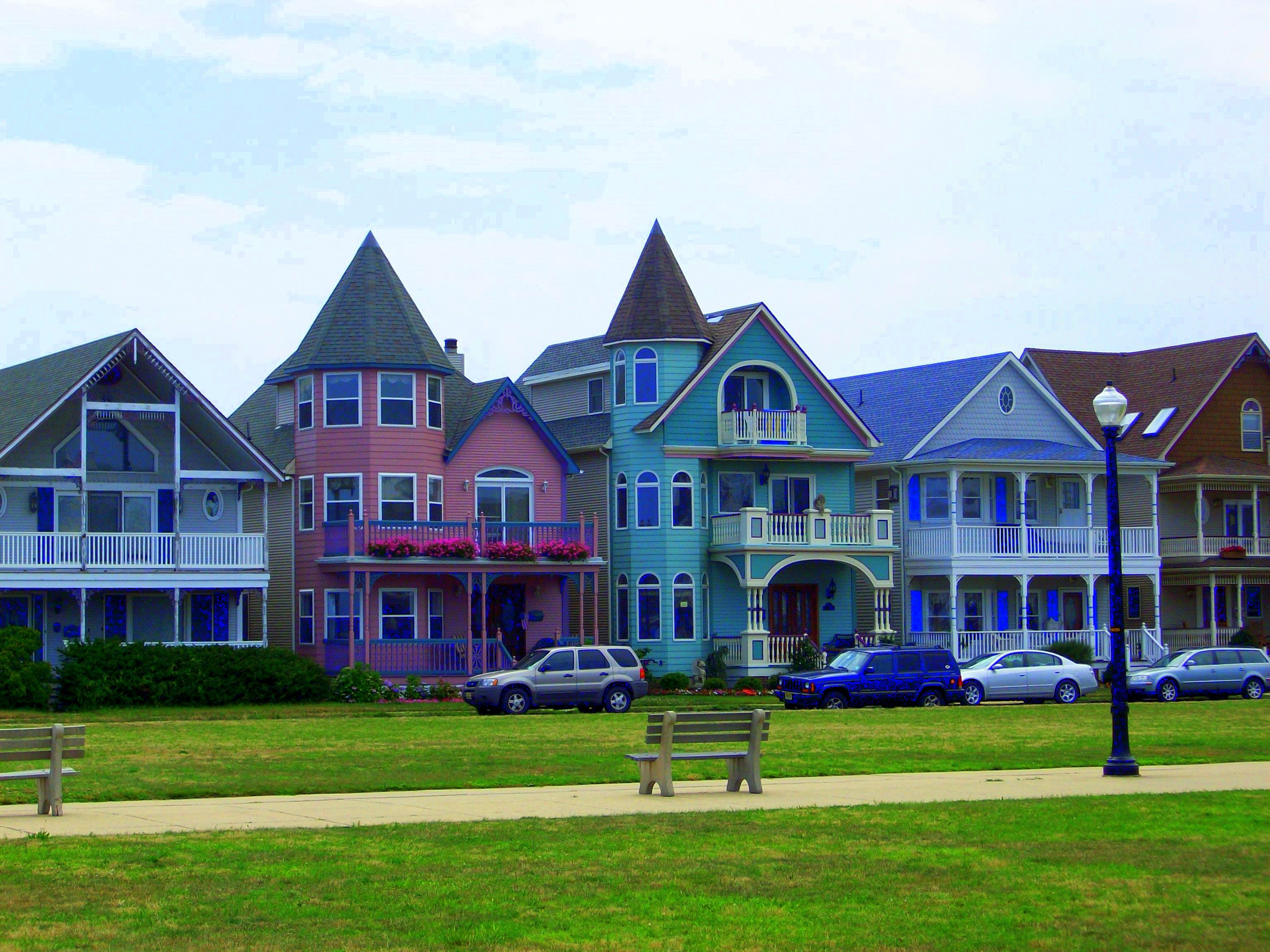 ocean grove Top-rated jersey shore hotels offering views of the atlantic ocean & local victorian architecture experience first class service at the ocean plaza hotel & the ocean.